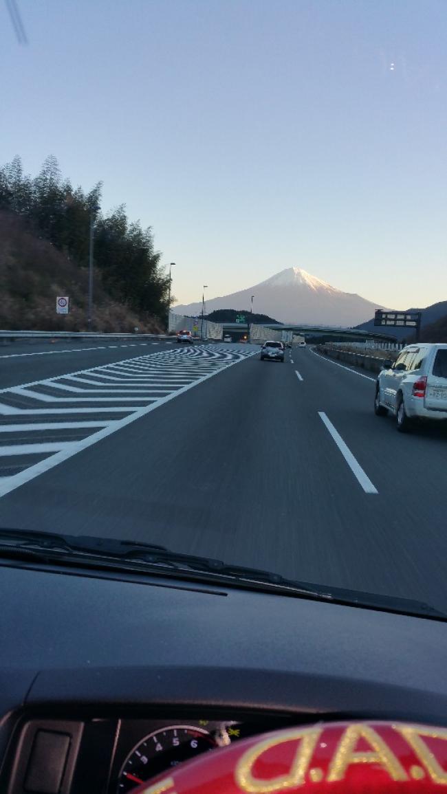 新東名高速道路から見